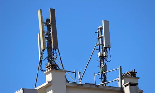 Antennes relais criirem for Antenne relais wifi maison